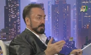 "Adnan Oktar'ın ""Oscar"" esprisini dinleyip de gülmeyen yok!-Video"